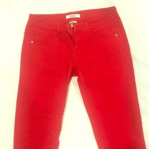 BONGO red capris size 5 or 27